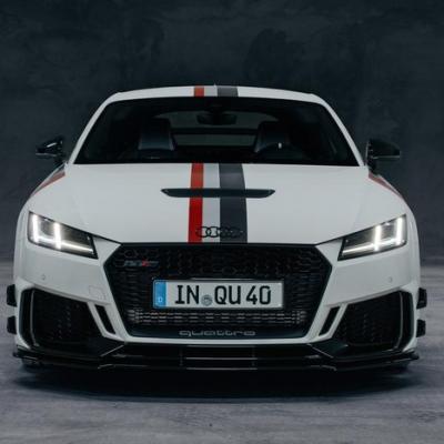 Audi TT RS 40 đánh dấu ấn tượng kỉ niệm