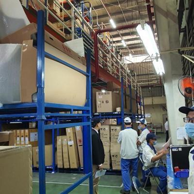 Suzuki giảm giá 50% phụ tùng và tổ chức tham quan